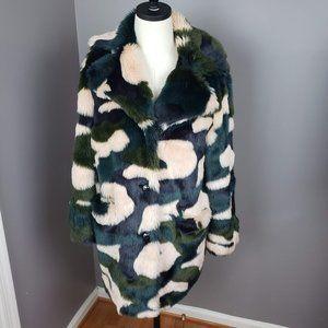 Topshop Chubby Faux Fur Camo Jacket Size 4